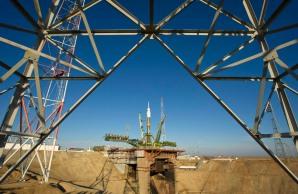 Soyuz TMA-22 Spacecraft Rolled Out