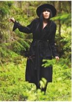 Loreen in black