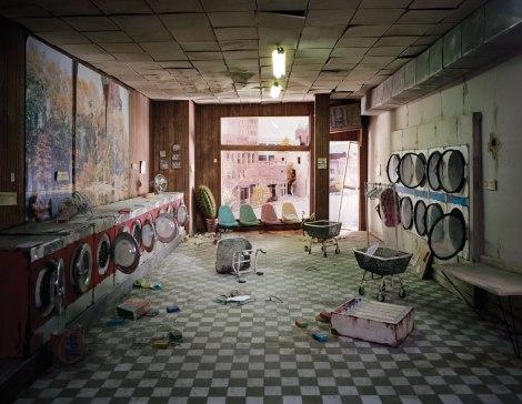 laundromat 05