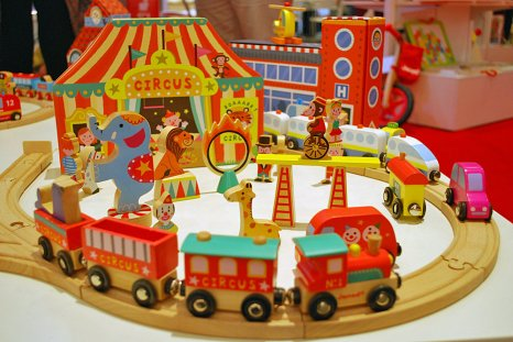 Janod-Circus-Train-Set